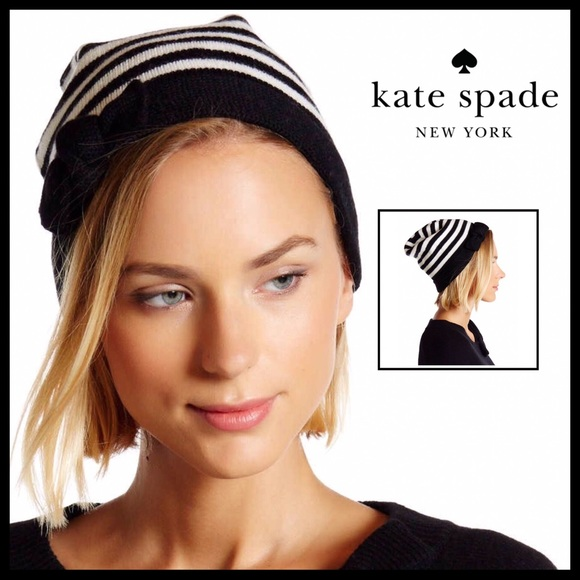 a3d43c3079e15 KATE SPADE SIGNATURE STRIPE WHITE BLACK BOW BEANIE